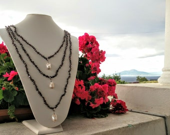 Necklace of freshwater pearls