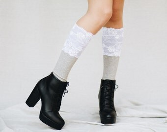 White Lace Boot Cuffs / Bridal Accessories / Lace Boot Socks / Boho Wedding / Country Wedding / Womens Boot Cuffs / Boot Toppers // White
