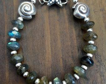 Labdorite strafish bracelet oxidised 925silver