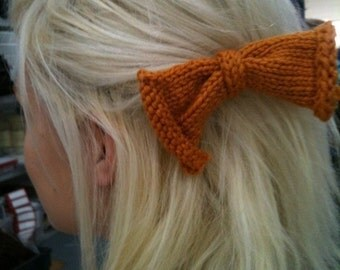 Knitted Hair Bow (individual)