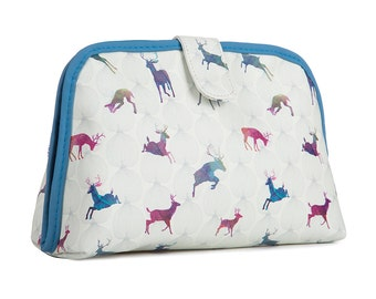 TaylorHe Toiletry Travel Wash Bag with Splendid Stags Pattern