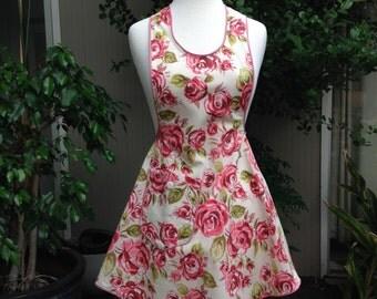Apron. Rose apron. Pink Apron. Pink rose apron. Handmade apron.