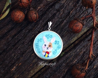 Embroidery rabbit necklace