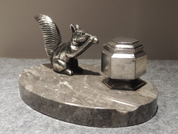 Superb french desk Inkwell has l squirrel steel Silver art-deco ink pen drawings vintage