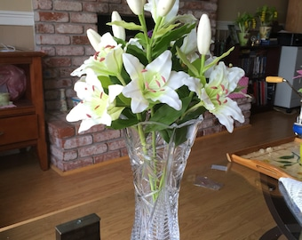 """Floral arrangement """"White Lilly """""""