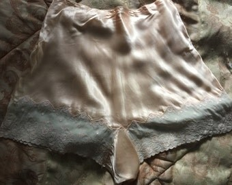1920's 1930's 1940's pink tap pants 26""