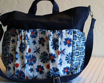 Reversible 12 Pocket Tote Bag in Organic Cotton