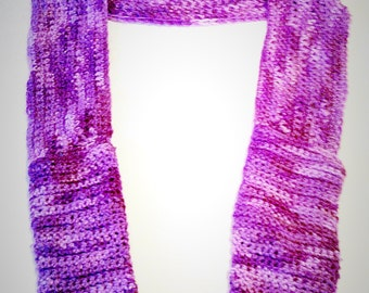 Gradient Purple Scarf With Hand-Warming Pockets