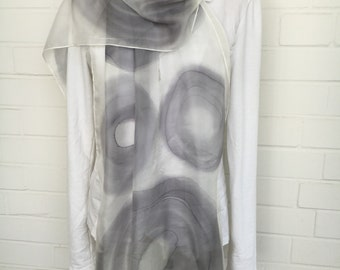 Zijden sjaal grijs/wit unieke handbeschilderd