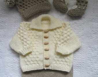 "knitting pattern for 0-3mth baby or 20-22"" reborn dol"