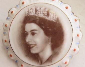 Queen Elizabeth Bone China Brooch Hard to Find