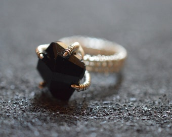 925 silver wire ring with black spinel