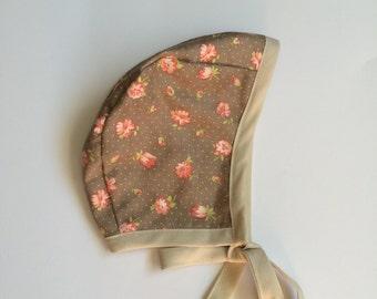 Baby bonnet // handmade bonnet // reversible bonnet // hat, baby hat // Cream, Beige, Floral