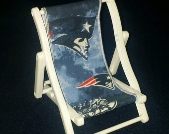 New England Patriots Beach Chair Cell Phone Holder