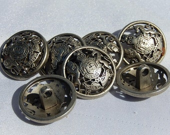Buttons with shield the lion and the unicorn