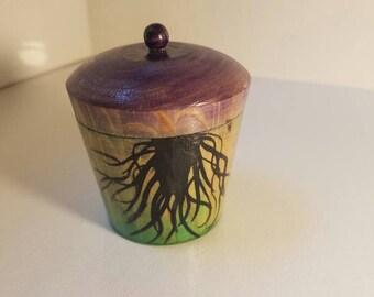 Runde lila und grün gotische Stash Box