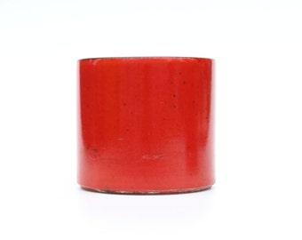 Retro red flower pot