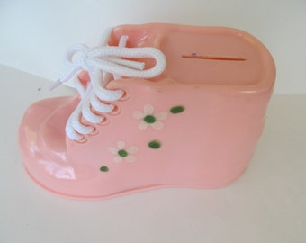 Vintage Pink Plastic Baby Shoe Bank with Shoelaces and White Daisy Trim - Excellent Condition and SO CUTE!