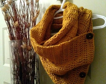 Women's Crochet Button Scarf/Cowl