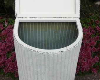 Llyod loom laundry basket 1950's
