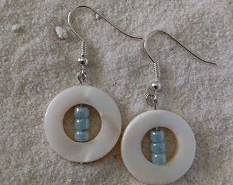 Mother of Pearl with Aquamarine