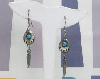 Vintage Southwestern Turquoise Bear Claw/Feather Dangle Earrings
