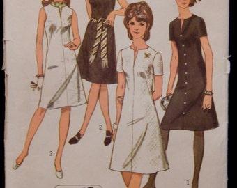 Vintage Dress Pattern Simplicity 9221 Retro 1970's Size 16