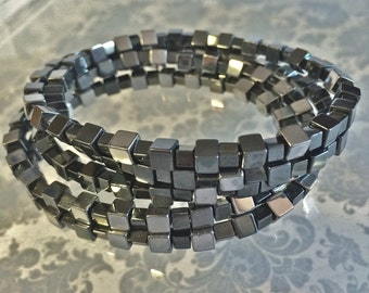 Stylish Metalic Black/Chrome Beaded Bracelet. Layered Memory Wire Bracelet