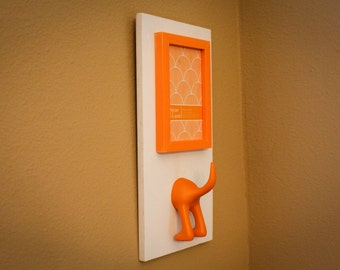 Single-Frame Wall Hanging