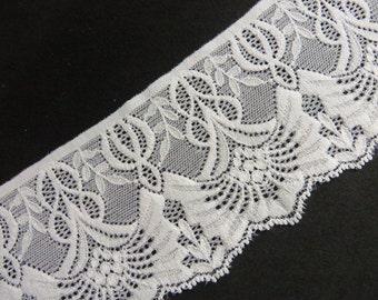 3 m high-quality elastic white top, 8.5 cm wide Art Nouveau