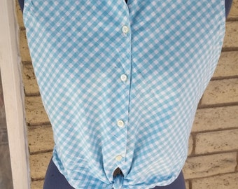 Blue gingham tie shirt