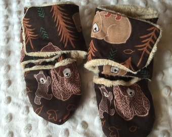 Bears in the woods print 3.5in wrap around booties
