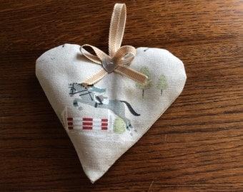 Lavender Heart. Sophie Allport Horse Rider Fabric.