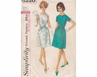 1960's Simplicity 6220 Junior Dress Vintage Sewing Pattern Size 11