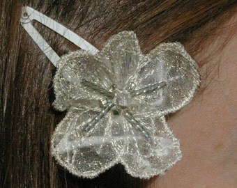 Hair flowers on clips, Machine embroidered flower clips. Bridal hair clips, Boho hair clips, Bridesmaids hair clips, Wedding hair clips