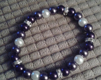 Purple and White Glass Bead Bracelet