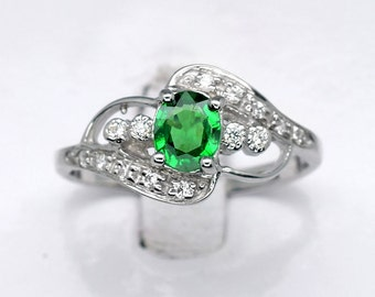 0.35ct Natural Green Tsavorite Garnet With White CZ 925 Sterling Silver Jewelry Ring Size 6