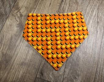 Halloween Bandana Bib   Bats   Orange and Black   Bibdana   Teething   Baby   Drool Bib   Perfect Gift   Handmade in Canada