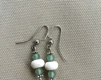 Howlite and aventurine earrings