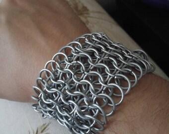 6-in-1 Chainmaille Cuff (galvanized steel)
