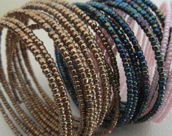 Armreif aus Massai-Perlen