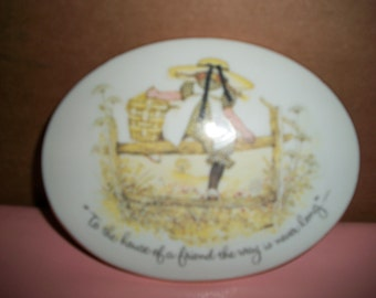 """Vintage Holly Hobbie Porcelain Wall Plaque Made in Japan 6.5"""" X 5"""""""