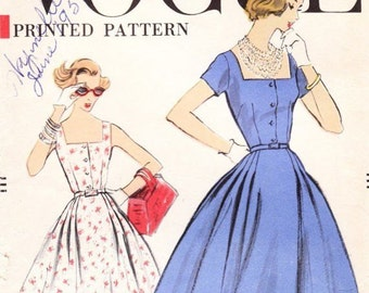 "1957 Vintage VOGUE Sewing Pattern B36"" DRESS (R427) Vogue 9329"
