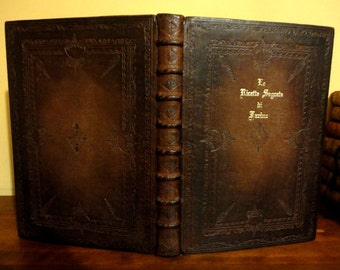 Renaissance style Leather Wedding Guest Book / Personalized Leather Guest Book / Large Leather Journal / Leather Family tree book