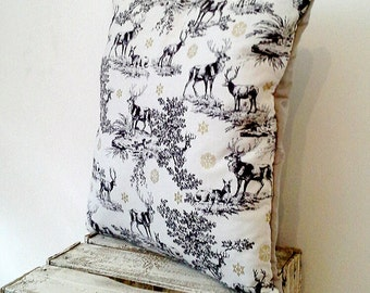 Cushion cover reindeer pattern
