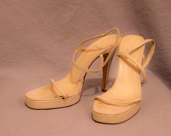 Vera Wang - Vintage sandals