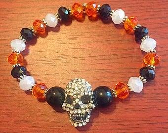 Beaded skull stretch bracelet