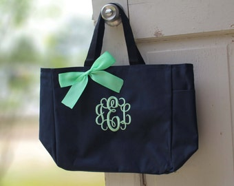 6 Personalized Bridesmaid Gift Tote Bags