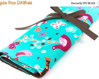 Sale 25% OFF Large Knitting Needle Case Organizer - Mod Oasis - 30 Brown Pockets for All Sizes