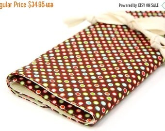 Sale 25% OFF Large Knitting Needle Case Organizer - Funky Dots - 30 natural pockets for all sizes, circular, straight, dpn, or paint brushes